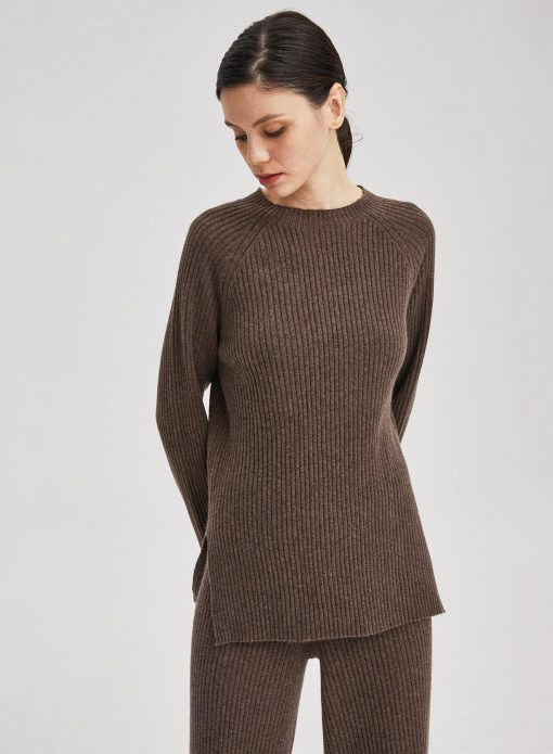 100% Cashmere Long Sleeved Rib-Knit Pullover Top