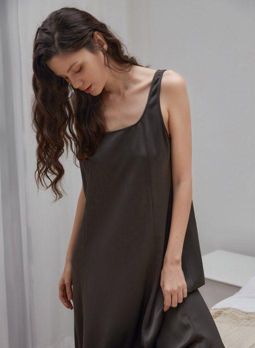 Black Sleeveless Maxi Shift Dress